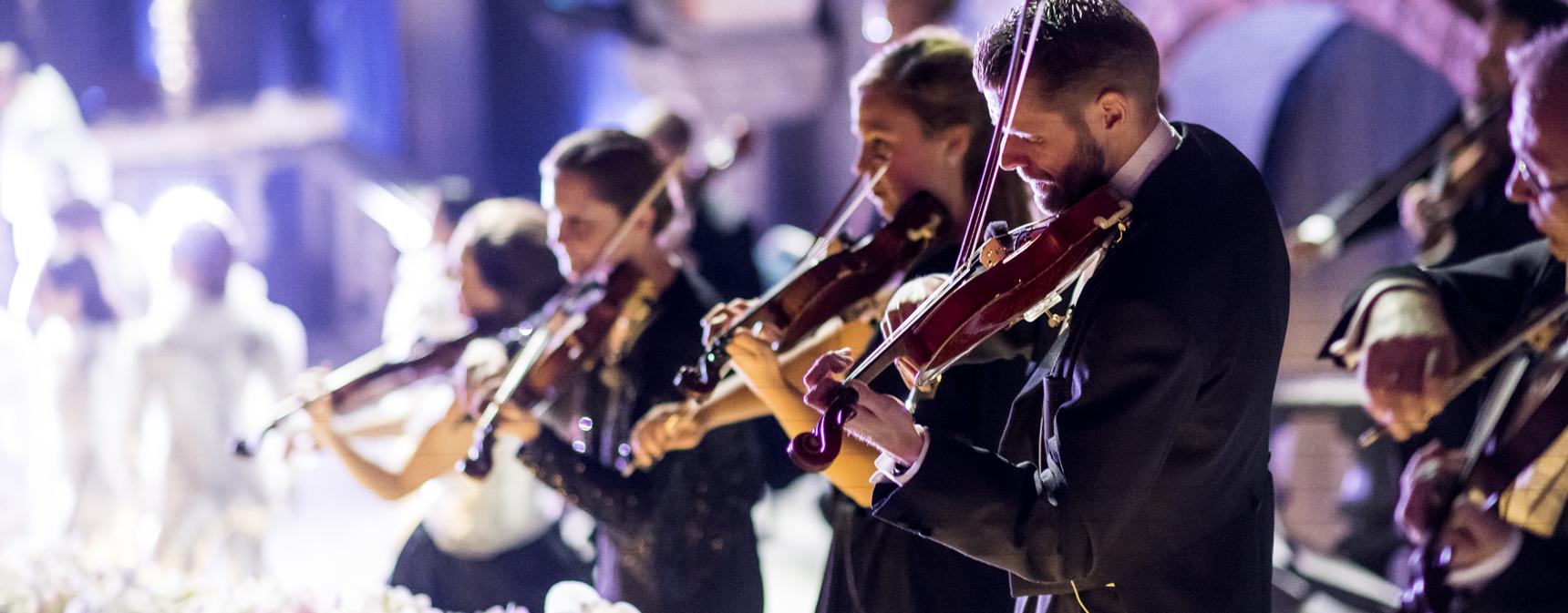 Stråkmusiker i Musica Vitae uppträder på Nobelgalan 2018