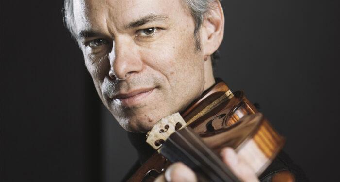 Benjamin Schmid, konstnärlig ledare i Musica Vitae, porträtterad med sin Stradivarius-violin